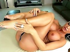 Dark Haired Ultra-cutie Christina Bella Gives Epic Solo Getting Off Showcase