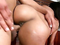 Dark Haired Anita Berlusconi With Bubbly Booty And Shaven Snatch Is Good At Man Meat Sucking And Loves It