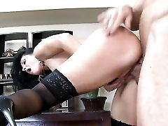 India Summer Makes A Dirty Wish Of Never-ending Fucking With Horny Dude Billy Slip A Reality