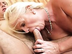 Blonde With Edible Melons Gives Providing Oral Pleasure To Hot Dude