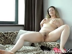 Hot Russian Mummy Blonde Masturbate