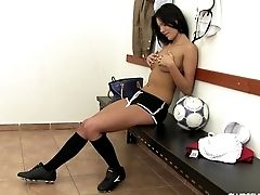 Solo Undressing Soccer Honey With Big Tits Frigs Her Cunt