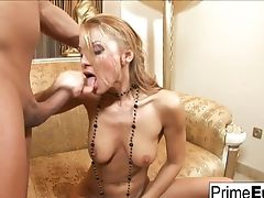 Supah Sexy Julia Taylor Deep Throats And Fucks On The Couch