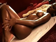 Gorgeous Indian Beauty In Hot Solo
