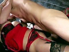 Sexy Backside And Arousing Sex Industry Star Stunner Tanya Tate Loves In