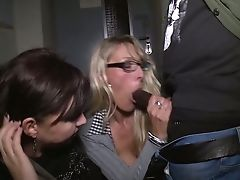Dirty Journalist Melina Unspoiled Is Actually Ready For Random Fuck At Night