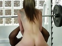 Black Wild Man Bangs Pink Twat Of Sporty Biotch Tysen Rich In The Gym Hard
